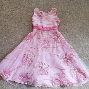 Little girls pink dress 💕